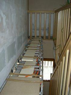 peindre une cage d 39 escaliers escalier echafaudage escalier cage escalier et echafaudage. Black Bedroom Furniture Sets. Home Design Ideas
