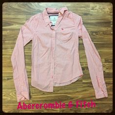 SALE Abercrombie & Fitch dress button up Excellent condition.  Comes from a smoke free home  FREE gift with bundles of 2 or more  Packaged with care  No trading or low ball offers  Fast shipping Abercrombie & Fitch Tops Button Down Shirts