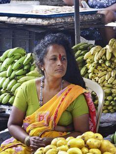 at the market, Vasco da Gama, Goa, India Indian Actress Hot Pics, Most Beautiful Indian Actress, Indian Actresses, Beautiful Girl In India, Aunty Desi Hot, Aunty In Saree, Mother India, Desi Bhabi, Desi Bride