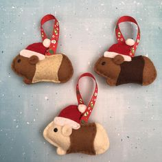 Handmade Christmas Decorations, Felt Decorations, Felt Christmas Ornaments, Christmas Crafts For Kids, Xmas Crafts, Christmas Art, Christmas Projects, Pig Crafts, Cute Crafts