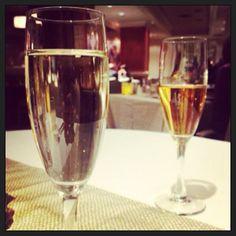 Eat, laugh, stay #ValentinesDay package! @thelocaltraveler #elementsonhollis #yukyukshalifax #couplesnight #love #feb14 #westin #champagne #bubbly #dinnerfortwo #cupid #datenight #travel #halifax #novascotia #westinns #nightout