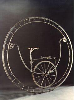 VINTAGE Monowheel. Old. Very old.