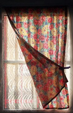 Double curtain  with clothes peg  -limilee