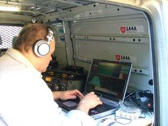 1A4A Hamradio Activity - Jan. 2007 - Inside the van, Fabio I4UFH operating SSB mode