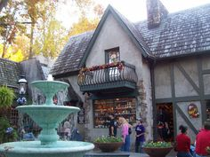 Shopping in Gatlinburg - The Village has some of the most beautifully made shops and the decorations are gorgeous! #shopping #gatlinburg