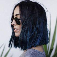 20 Awesome Blue Black Hair Looks To Raise Charm - Haar Ideen Short Blue Hair, Navy Blue Hair, Ombre Hair Color, Blue Black Hair Color, Black To Blue Ombre, Black Hair Ombre, Dyed Black Hair, Short Wavy, Short Dip Dye Hair