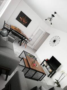 faux plafond salon moderne ADM plus Home Design, Modern House Design, Modern Interior Design, Interior Design Inspiration, Salon Simple, Rideaux Design, Design Exterior, Simple House, Home Furniture