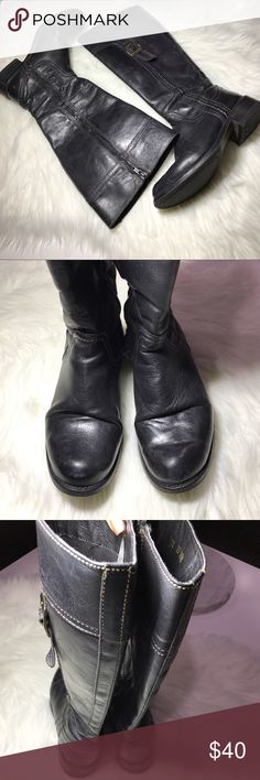 Distressed Black Riding Leather Boots Black Distressed Leather Riding Boots. Color: Size: 7 Has a scuff on one boots as shown in the 2nd picture. Zip up on the side for easy access. Size 6.5. Buckle for branding, there is just a leather brand stamp on the boot. Buckle Shoes Combat & Moto Boots