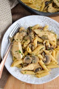Syn Free Creamy Chicken and Mushroom Pasta - delicious and full of flavour!! All ready in less than 30 minutes.