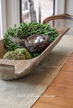 Beautify your Diningroom table or other surfaces with this beautiful Center .Beautify your Diningroom table or other surfaces with these beautiful Centerpieces. At RE / MAX Flagstaff, our dedicated REALTORS® strive to serve you