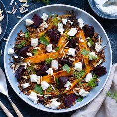 Meleg lencsesaláta sült céklával Vegetarian Pizza, Vegetarian Recipes, Healthy Recipes, Roasted Butternut Squash, Nutrition Guide, Pesto, Salad Recipes, Veggies, Cooking