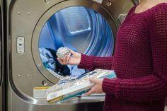 mettez des boules d'alu dans le sèche linge pour adoucir votre linge