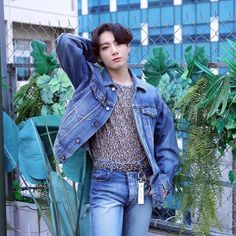 Here are some essential fashion staples that our favorite K-stars are rocking this Fall 2021. Let's dive in! #koreanfashion #kpopfashion Jung Kook, Busan, K Pop, Bts Jungkook, Reality Shows, 365days, Jungkook Aesthetic, Korean Fashion Trends, Fashion Essentials
