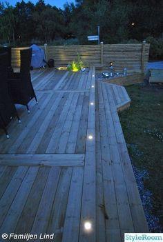 63 ideas for landscape lighting garden walkways Pergola Patio, Diy Patio, Backyard Landscaping, Small Pergola, Modern Pergola, Patio Ideas, Outdoor Deck Lighting, Landscape Lighting, Patio Deck Designs