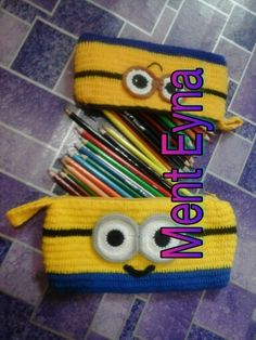 Minion pencil case crochet