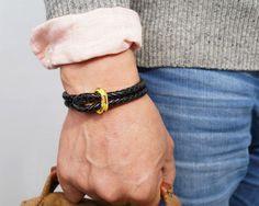 Amazon.com : VIRGINSTONE Genuine Black Leather Nylon Core TriceOn Bracelets : Sports & Outdoors