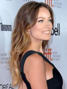Olivia Wilde rocks her ombre, a little more drastic then some, but it looks awesome on her!