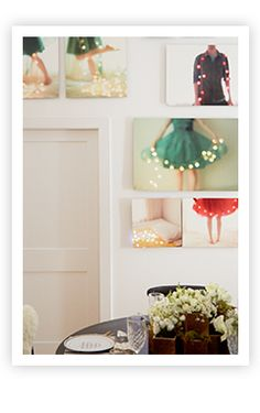 Home for the Holidays: Lighted Metal Prints DIY || Learn how to make this look for your home.