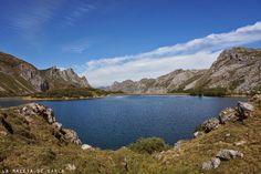 La maleta de Carla: El Valle del Lago, Asturias