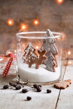 Piparimetsä Christmas 2019, All Things Christmas, Winter Christmas, Christmas Crafts, Merry Christmas, Christmas Decorations, Xmas, Christmas Gingerbread House, Vase Fillers