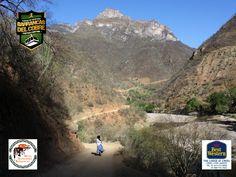 """#barrancas #cobre #barrancasdelcobre #turismo#chihuahua#aventura#ciclismo BARRANCAS DEL COBRE te dice. visita El pueblo minero de Urique se aloja abajo, junto al río del mismo nombre. También acude una cueva/vivienda -- que ahora funciona como """"La Tienda de Canastas"""" y no olvides visitar el manantial de """"La Virgencita"""". ¡No te lo pierdas! www.chihuahua.gob.mx/turismoweb"""