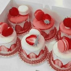 Pretty Cakes, Cute Cakes, Sweet Cakes, Snack Recipes, Dessert Recipes, Pink Foods, Cute Desserts, Cafe Food, Aesthetic Food