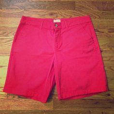 GAP boyfriend khaki shorts in pinkish red GAP boyfriend khaki shorts in pinkish red GAP Shorts Bermudas