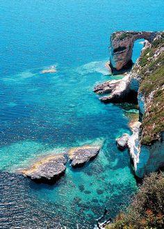 Ocean Arch, Paxos, Greece  photo via sandy