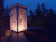 doctor who wedding | Doctor Who Wedding / TARDIS LANTERN