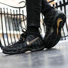 1542612928 Nike Air Foamposite Pro  Black Metallic