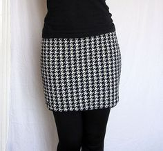 2 in 1 – reversible mini skirt made from two different jersey fabrics, finished with black binding. One side is made from fabric in navy and white dog's Reversible Skirt, Dog Teeth, White Dogs, Houndstooth, Navy And White, Upcycle, Fabrics, Mini Skirts, My Style