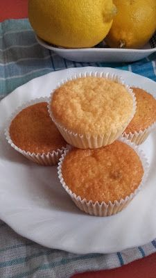 Citrus muffin, aszalt áfonyával Cukor, Muffin, Lime, Breakfast, Food, Morning Coffee, Muffins, Lima, Meal