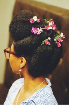 {Grow Lust Worthy Hair FASTER Naturally} ========================= www.shorthaircutsforblackwomen.com/natural-hair-products/ ========================= Dressed Up Updo with Florals