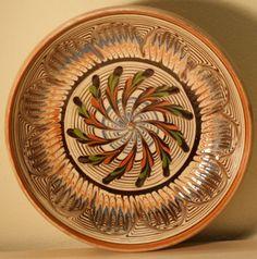 Horezu Serving Bowls, Decorative Plates, Tableware, Design, Dinnerware, Tablewares, Dishes, Place Settings