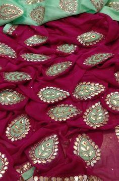 Shop more Handloom Georgette Saree at Luxurionworld. Embroidery Suits Punjabi, Embroidery Suits Design, Hand Work Embroidery, Hand Embroidery Designs, Floral Print Sarees, Saree Floral, Floral Prints, Saree Color Combinations, Gota Patti Saree