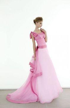 Elisabetta Polignano abito da sposa in due tonalit� di rosa