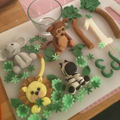 Jungle cake toppers