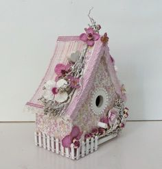 Today I would like to share this altered wooden bird house made with Maja Design latest collection, Coffee in the Arbour. I was in a sentim. Diy Arts And Crafts, Cute Crafts, Paper Crafts, Diy Crafts, Birdhouse Craft, Birdhouse Designs, Wooden Bird Houses, Bird Houses Painted, Shabby Chic Birdhouse