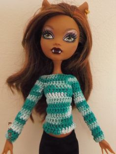 Jersey de crochet. Hecho a mano.  El color puede variar un poco en la fotografía.