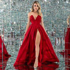 Cute Prom Dresses, Ball Dresses, Pretty Dresses, Beautiful Dresses, Ball Gowns, Formal Dresses, Fancy Dress Short, Award Show Dresses, Red Gowns