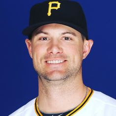 Ahoy there #Pirates fans! @pittsburghpirates shortstop Jordy Mercer is visiting with fans at #CCAC #Allegheny Campus today from 12-1pm in the Foerster Student Services Center. Hope to see you there! #Baseball #PittsburghPirates