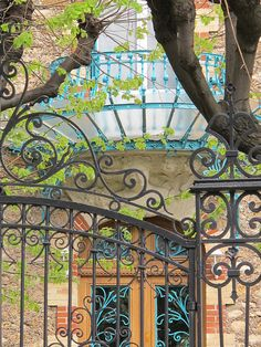 "audreylovesparis: "" Belle Epoque architecture of a home on Boulevard Saint-Denis, Courbevoie, France "" Paris 3, I Love Paris, Canal Saint Martin, Beautiful Paris, Beautiful Things, Beautiful Homes, Belle Villa, Belle Epoque, City Lights"