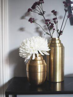 Art deco-inspirert vasefavoritt | OsloDeco Vases, Home Decor, Art Deco, Decoration Home, Room Decor, Home Interior Design, Vase, Home Decoration, Interior Design