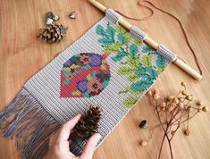 Tapestry Crochet Patterns, Crochet Wall Hangings, Christmas Crochet Patterns, Crochet Christmas, Loom Crochet, Crochet Art, Crochet Home, Tapestry Wall Hanging, Wall Patterns