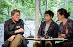 Poesiegespräch: Zang Di, Jiang Tao und Sabine Peschel (c) Mike Schmidt