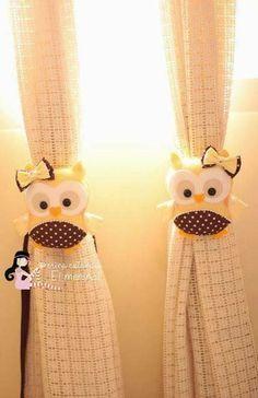 Owl curtain tie backs Felt Owls, Felt Animals, Owl Crafts, Diy And Crafts, Felt Patterns, Sewing Patterns, Sewing Crafts, Sewing Projects, Crochet Patron