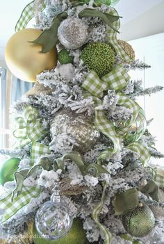 "Home by Heidi: Christmas Tree with ribbon ""clusters""  tutorials  2014"