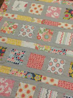 Sweet and Modern Baby Quilt in Hullabaloo door ModernMaterialGirl