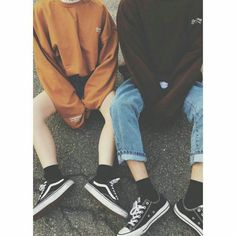 Emerson and Greyson Aesthetic Grunge, Aesthetic Photo, Aesthetic Pictures, Lgbt, Gay Couple, Couple Goals, Normcore, Boys, Outfits