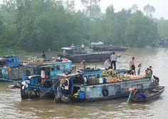 Market, Mekong Delta by nicnac1000, via Flickr